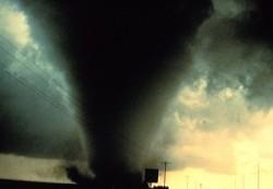 tornado2_art